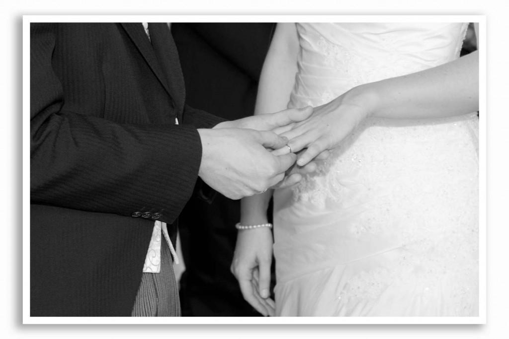 Elvetham-Hotel-Wedding-Photography_012