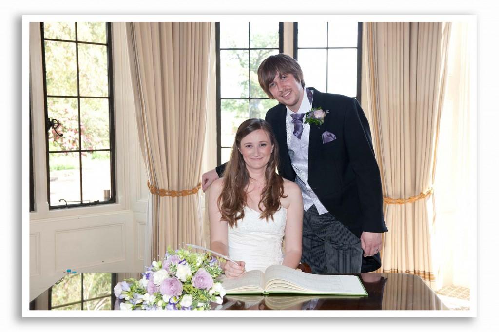 Elvetham-Hotel-Wedding-Photography_014