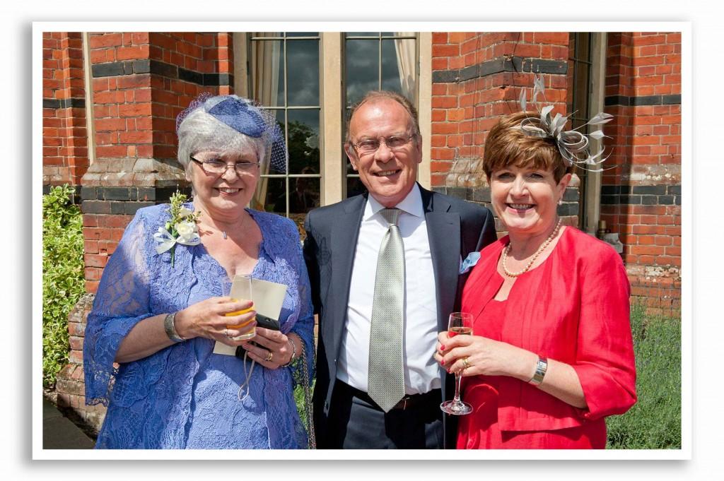 Elvetham-Hotel-Wedding-Photography_016