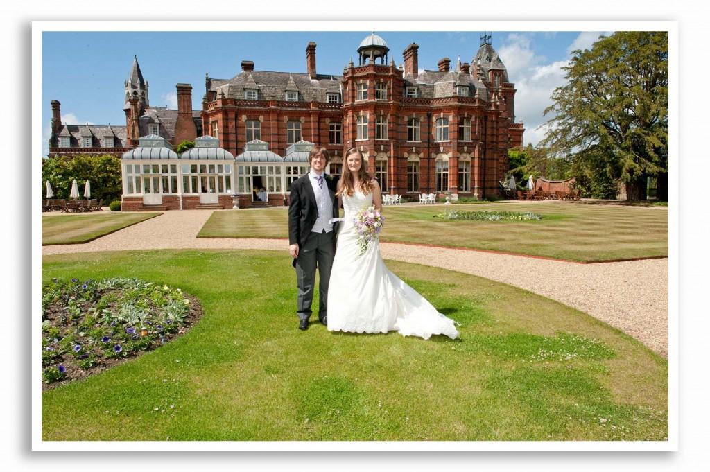 Elvetham-Hotel-Wedding-Photography_018