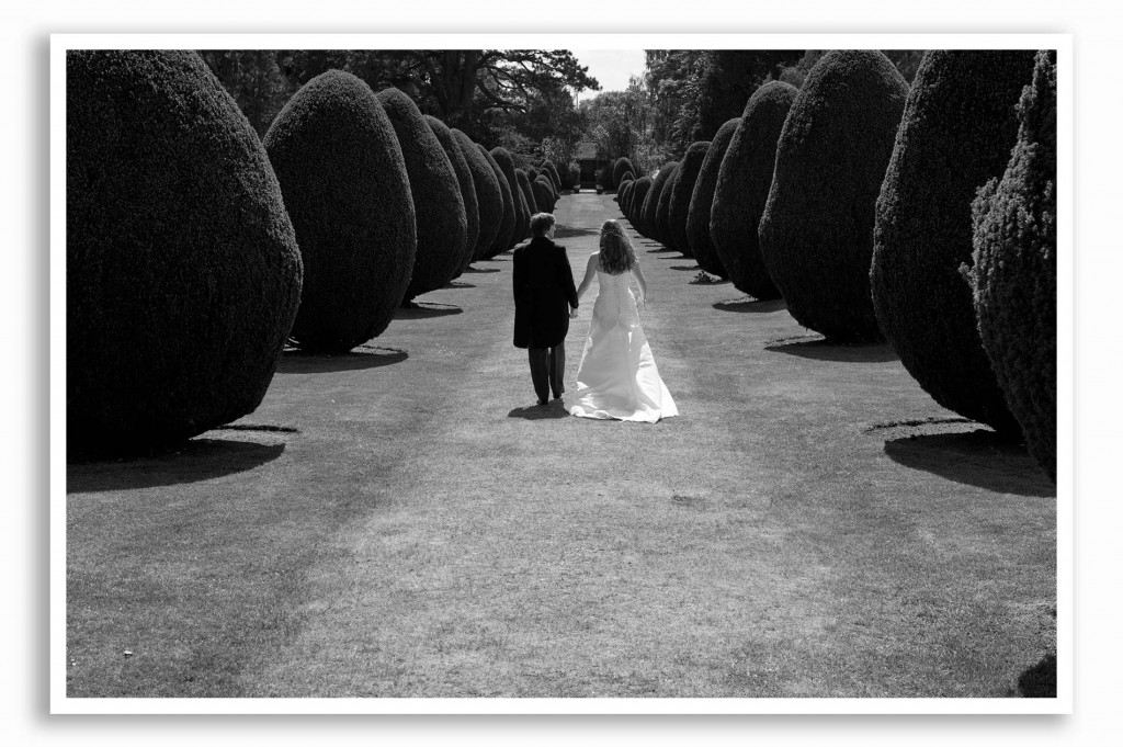 Elvetham-Hotel-Wedding-Photography_019