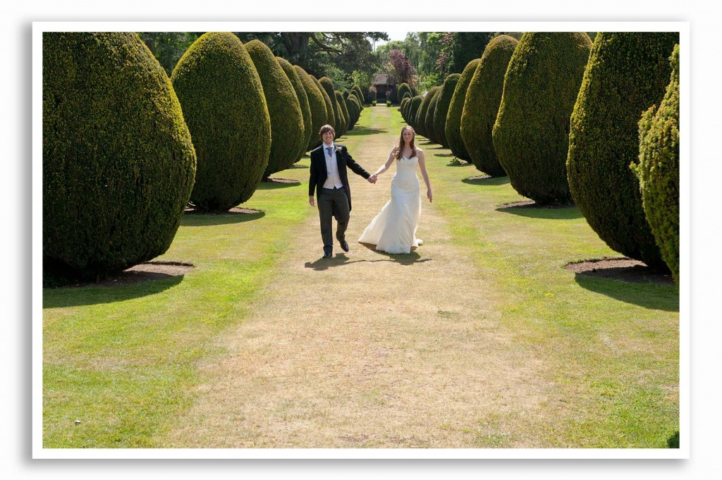 Elvetham-Hotel-Wedding-Photography_023